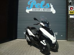 Piaggio MP3 Yourban wit 2014 300ie LT