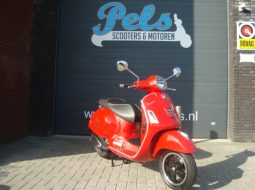 Vespa GTS 300ie Super ABS 2015 rood