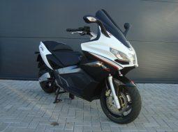 Aprilia SRV 850 2013 wit