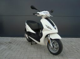 Piaggio New Fly 50 4T 45km 2012 wit