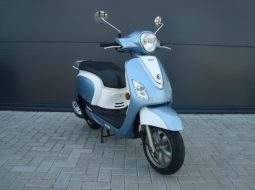 Sym Fiddle III 50 4T 25km blauw wit 2015